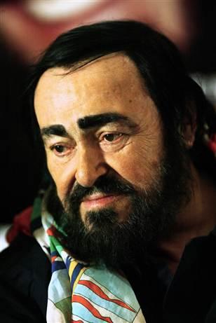 070809_pavarotti_hsmall_3a.grid-4x2.jpg